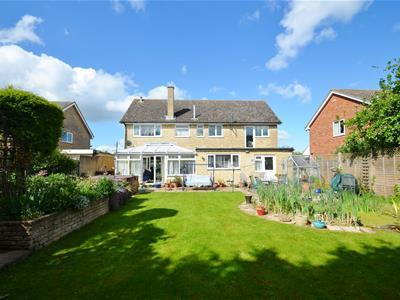 Tubb Close, Bicester, OX26