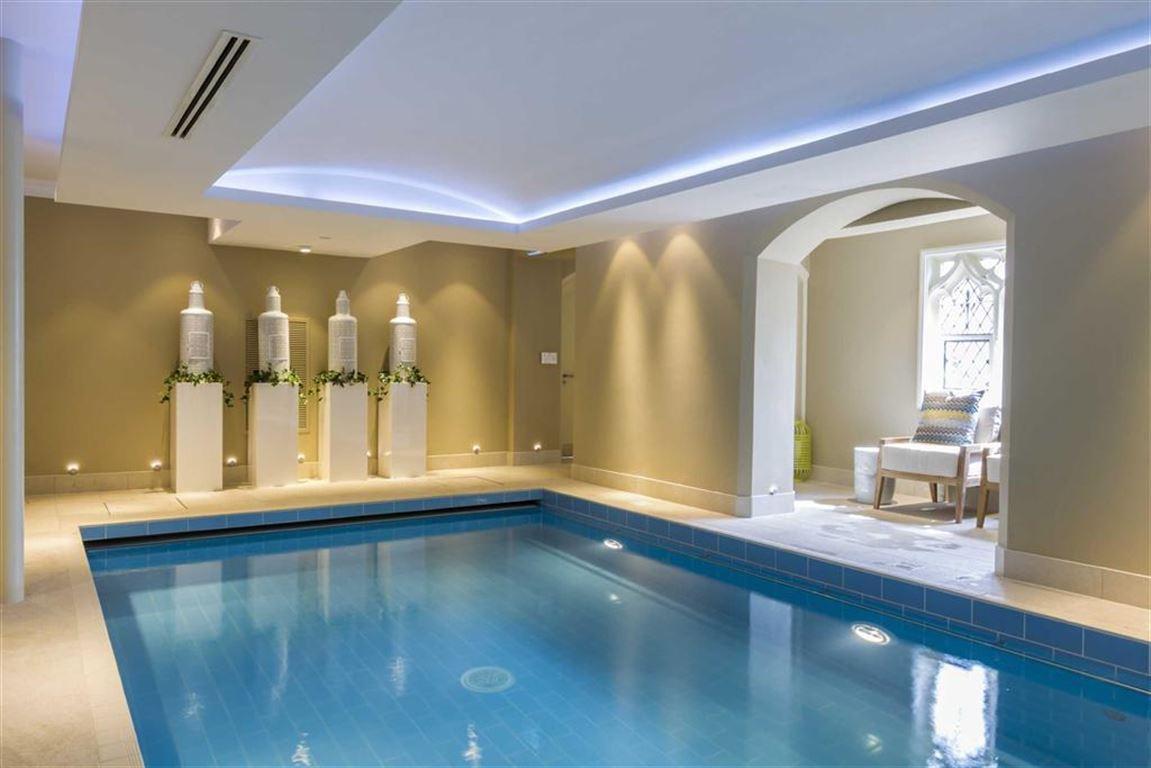 2 Bedroom Property For Sale In Walton Court Binswood Avenue Leamington Spa 435 000