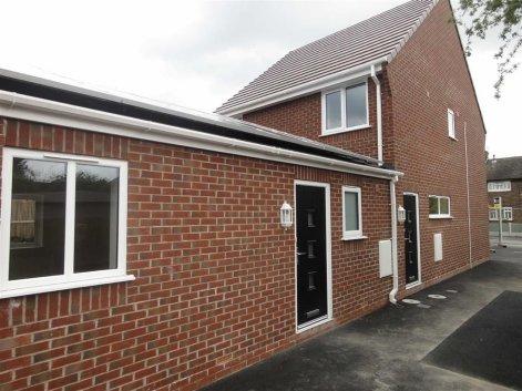 Perrins Road, Burtonwood, Warrington, Cheshire, WA5