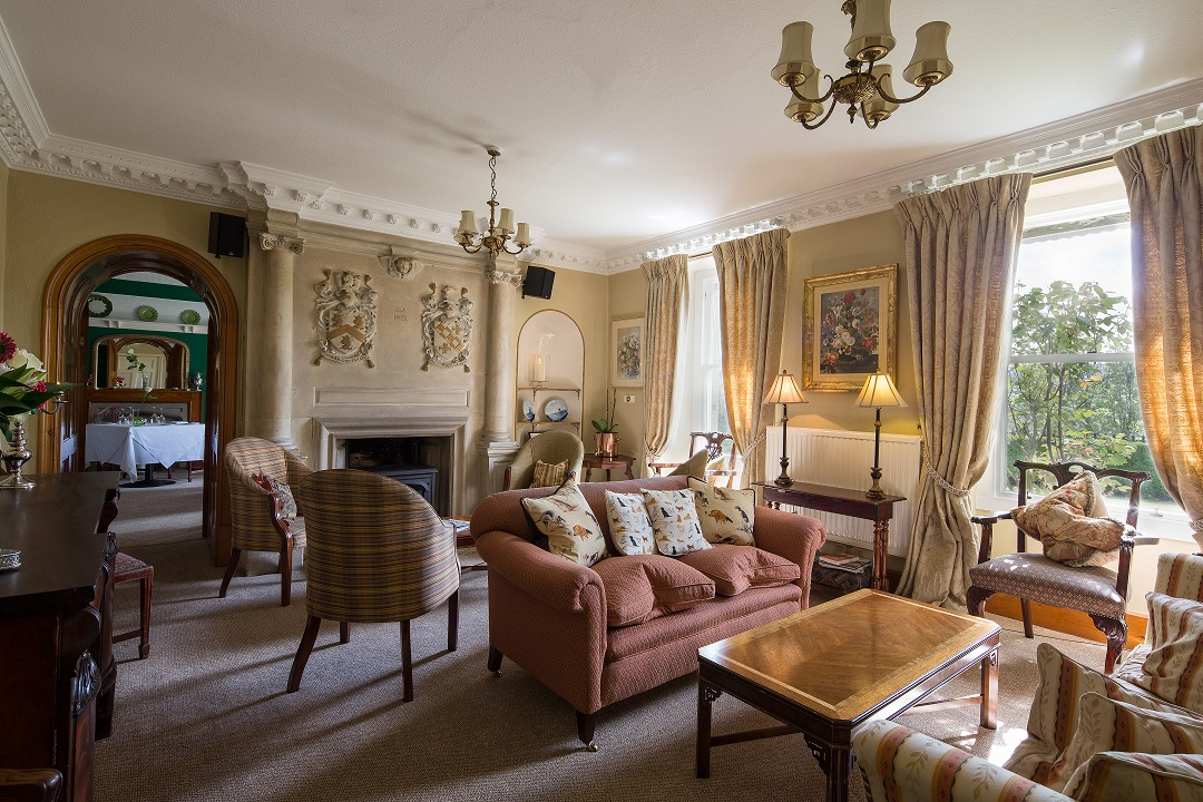 Hotel Drawing Room