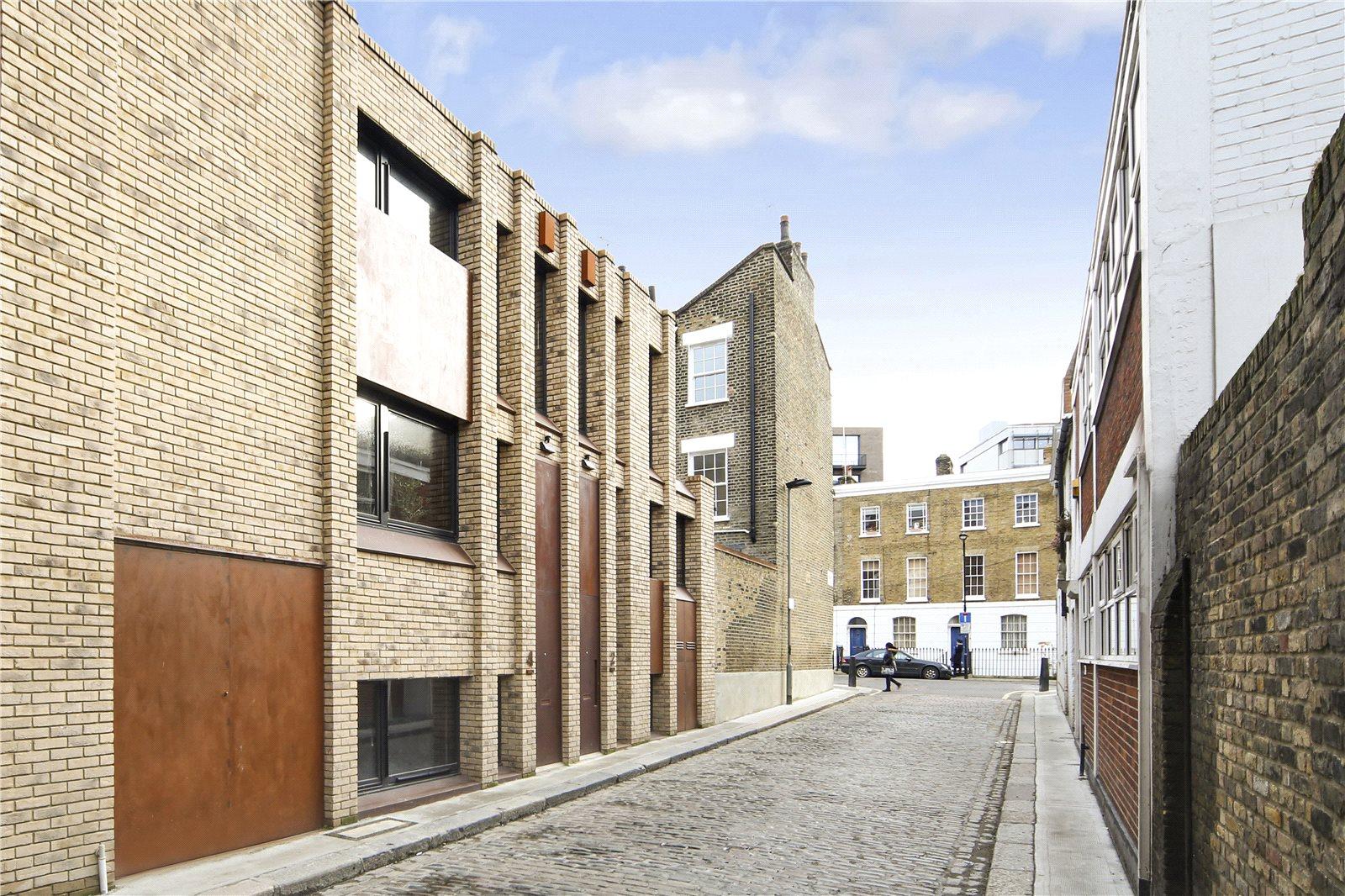 Commercial Street, E1
