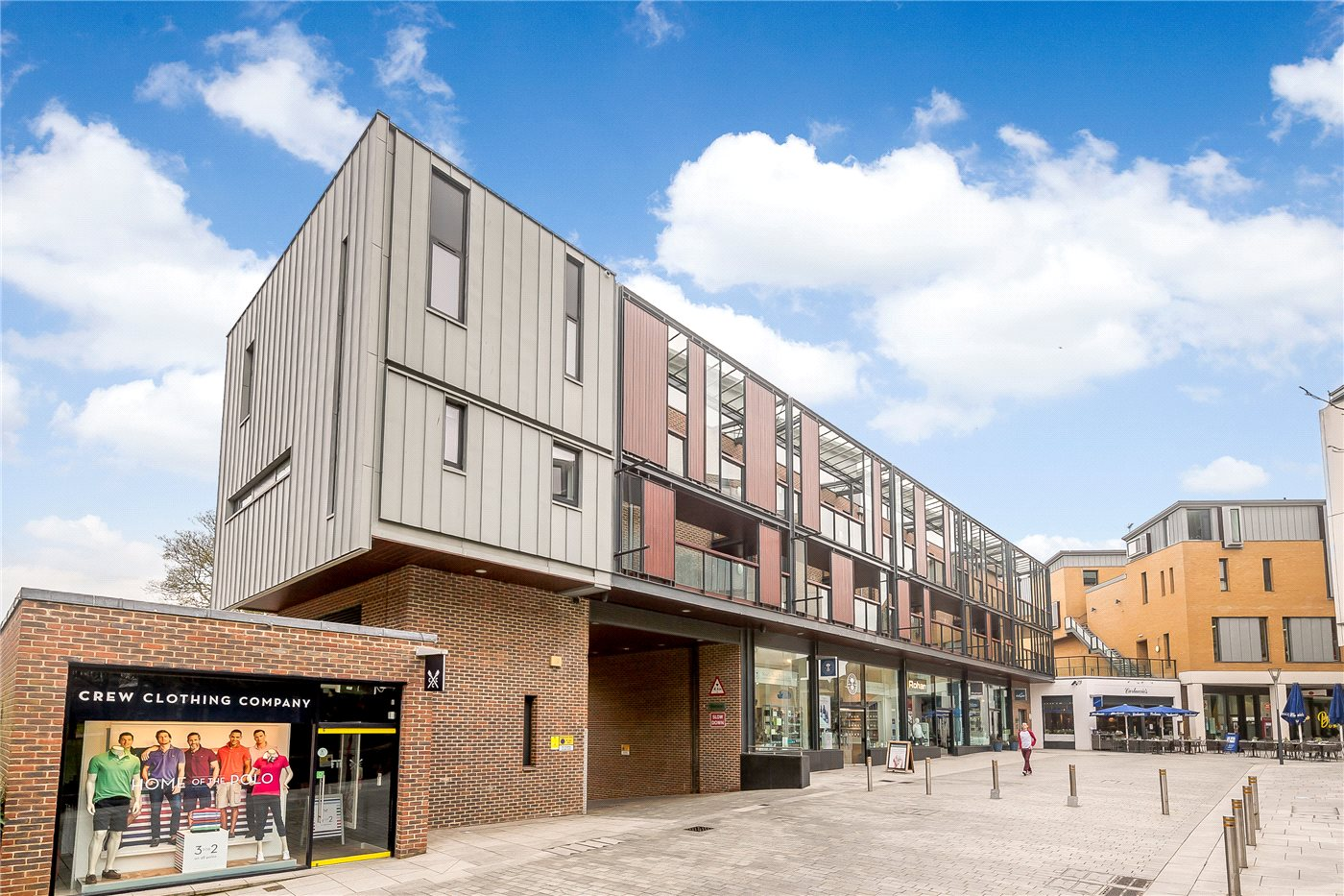 First floor two bedroom apartment in the center of Exeter
